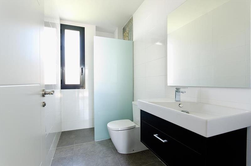 te koop vrijstaande villa Algorfa Costa Blanca Spanje badkamer.