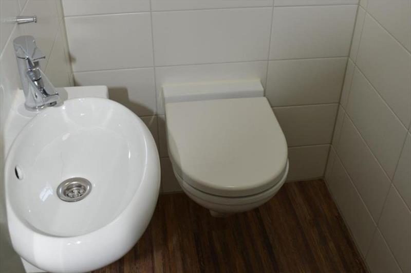Vakantiehuis te koop Arcen Klein Vink toilet
