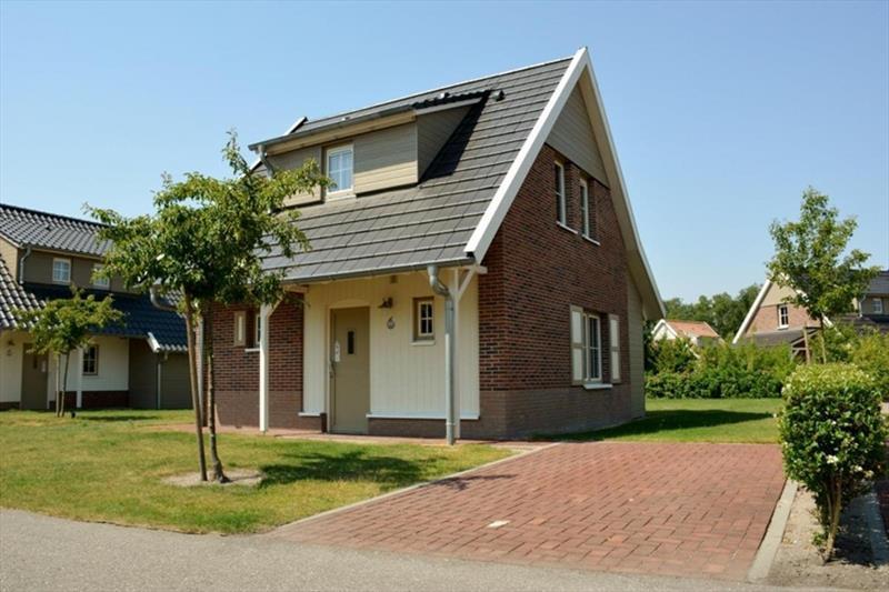 Vakantiehuis te koop in Arcen Limburg park Klein Vink voorzijde