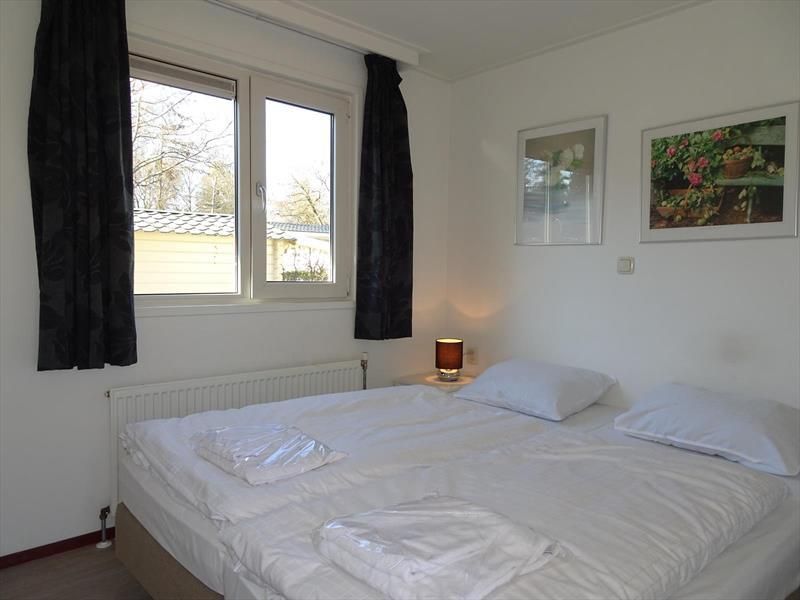 Vakantiehuis te koop Gelderland Arnhem. Ruime slaapkamer