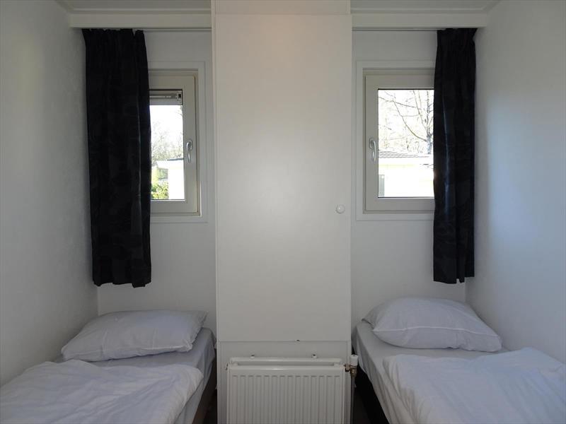 Vakantiehuis te koop Gelderland Arnhem. Extra slaapkamer met 2 eenpersoonsbedden