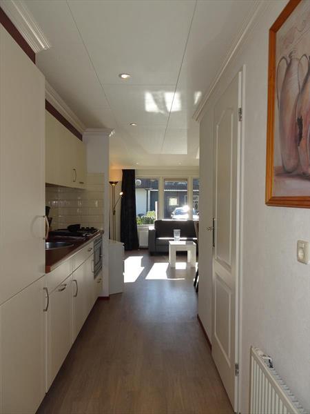 Vakantiehuis te koop Gelderland Arnhem Koningsweg 14 Ka9 Droompark De Hooge Veluwe Keuken