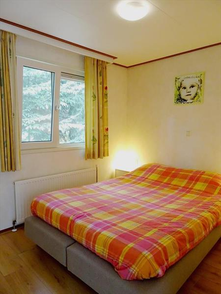 Vakantiehuis te koop Gelderland Beekbergen Bergweg 16 K105A Droompark Beekbergen Slaapkamer 1