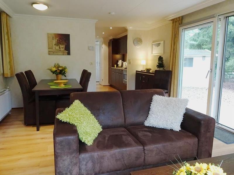 Vakantiehuis te koop Gelderland Beekbergen Bergweg 16 K105A Droompark Beekbergen Woonkamer