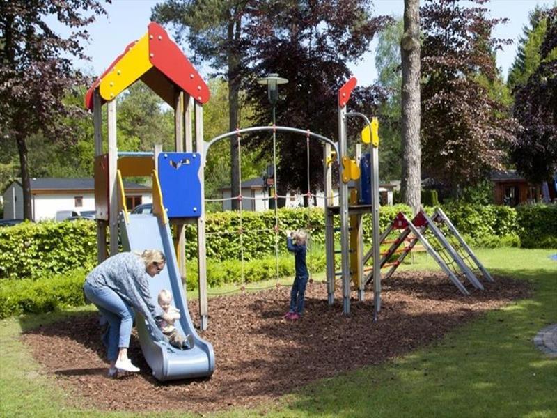 Vakantiehuis te koop Gelderland Beekbergen H.Bergweg 16K 152 Droompark Beekbergen Op het park