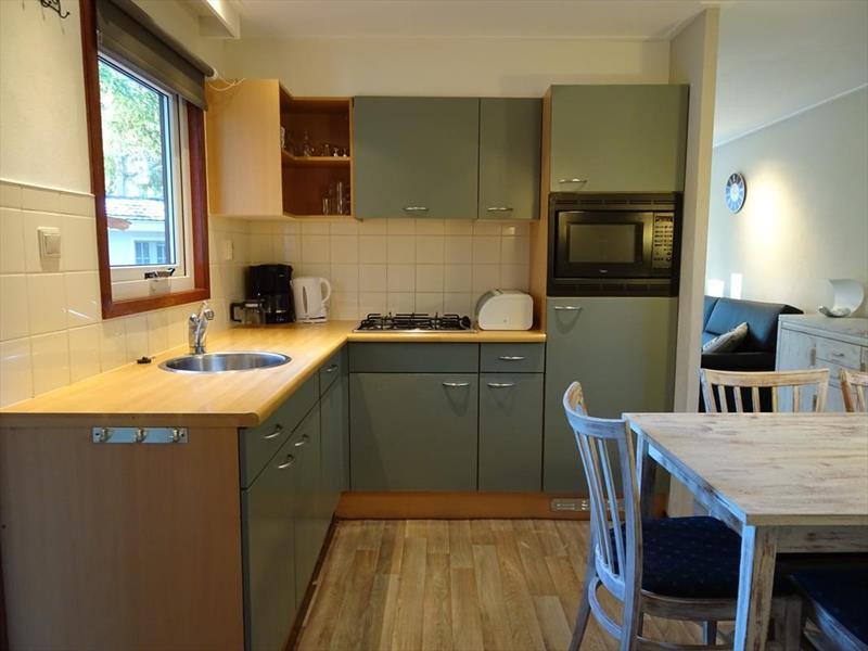 Vakantiehuis te koop Gelderland Beekbergen H.Bergweg 16K 152 Droompark Beekbergen keuken