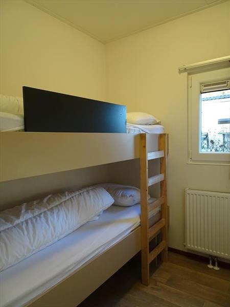 Vakantiehuis te koop Limburg Belfeld Maalbekerweg 25 K22  Droompark Maasduinen Slaapkamer 2