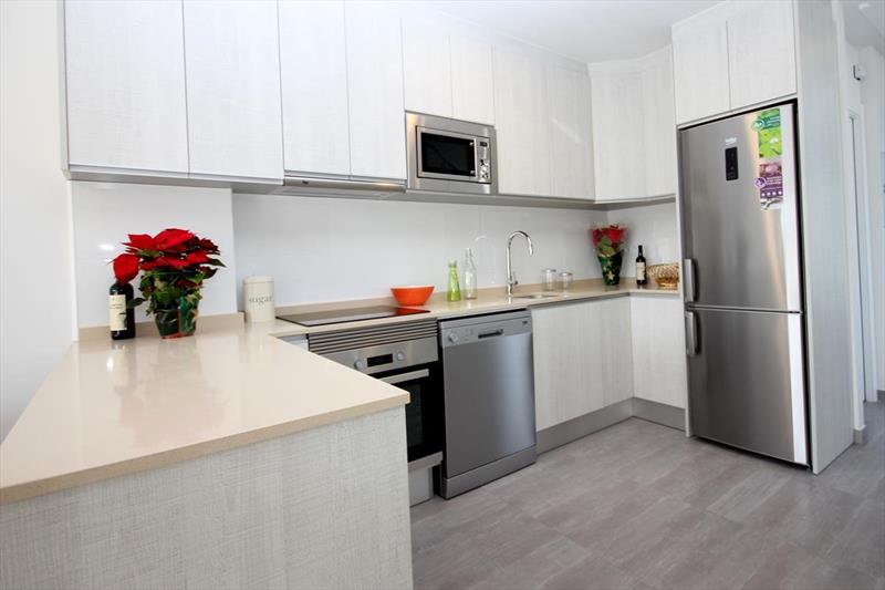 Vakantiehuis kopen Spanje Costa Blanca Benijofar keuken.