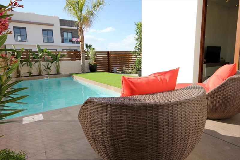 Vakantiehuis kopen Spanje Costa Blanca Benijofar terras.