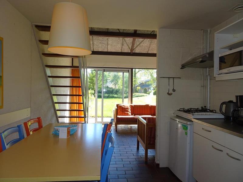 Vakantiehuis te koop Zeeland Bruinisse Molenheideweg 18 Fazantendreef 1 Park De Kreek Keuken