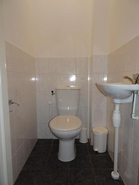 Vakantiehuis te koop Zeeland Bruinisse Groeneweg 1 K164  Park Aquadelta Toilet begane grond