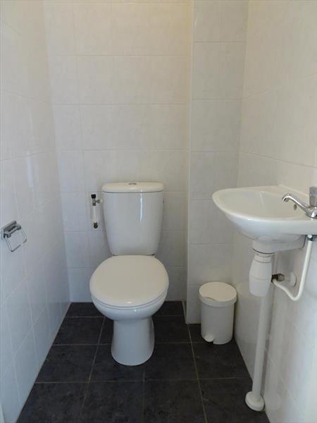 Vakantiehuis te koop Zeeland Bruinisse Groeneweg 1 K21 Park Aquadelta  Toilet
