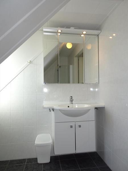 Vakantiehuis te koop Zeeland Bruinisse Groeneweg 1 K21 Park Aquadelta  Badkamer