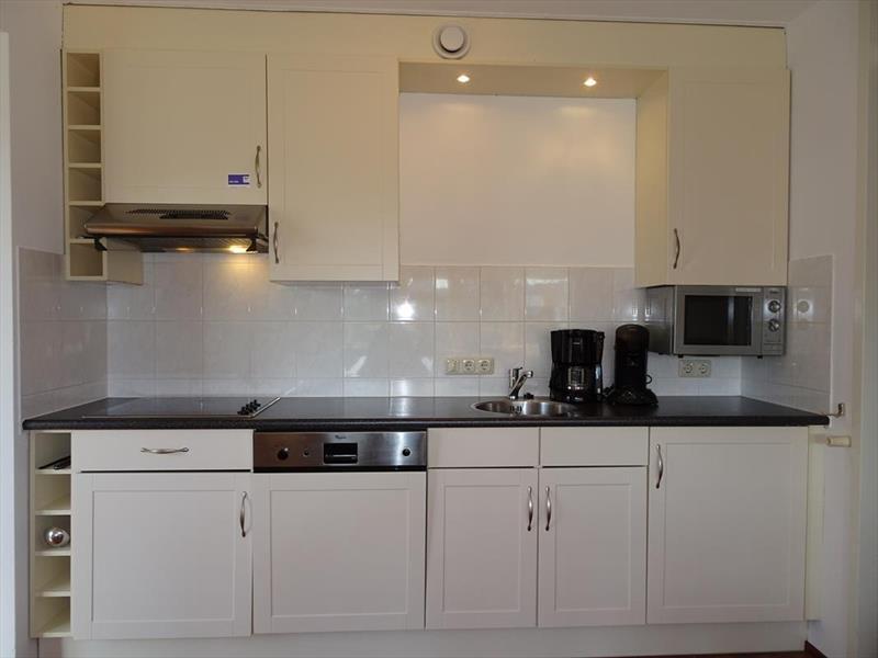 Vakantiehuis te koop Zeeland Bruinisse Groeneweg 1 K21 Park Aquadelta  Keuken