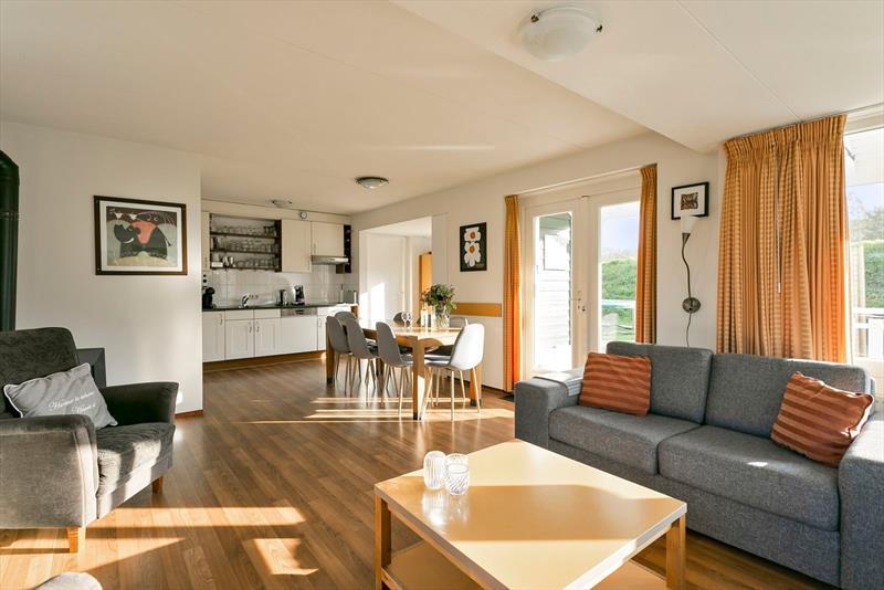 Vakantiehuis te koop in Bruinisse Woonkamer