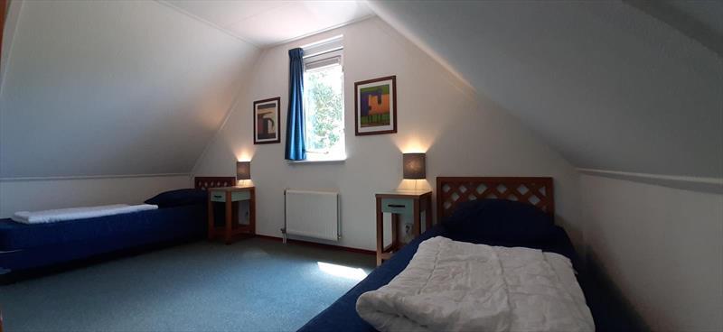 Vakantiehuis te koop Bruinisse Zeeland slaapkamer 2
