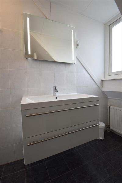 Vakantiehuis te koop Zeeland Bruinisse badkamer