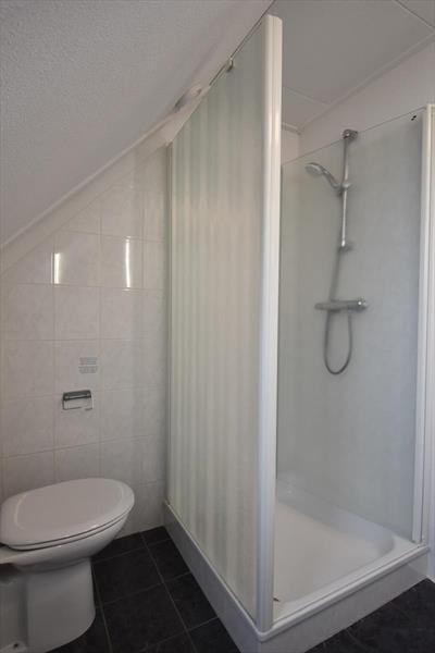 Vakantiehuis te koop Zeeland Bruinisse badkamer en tweede toilet