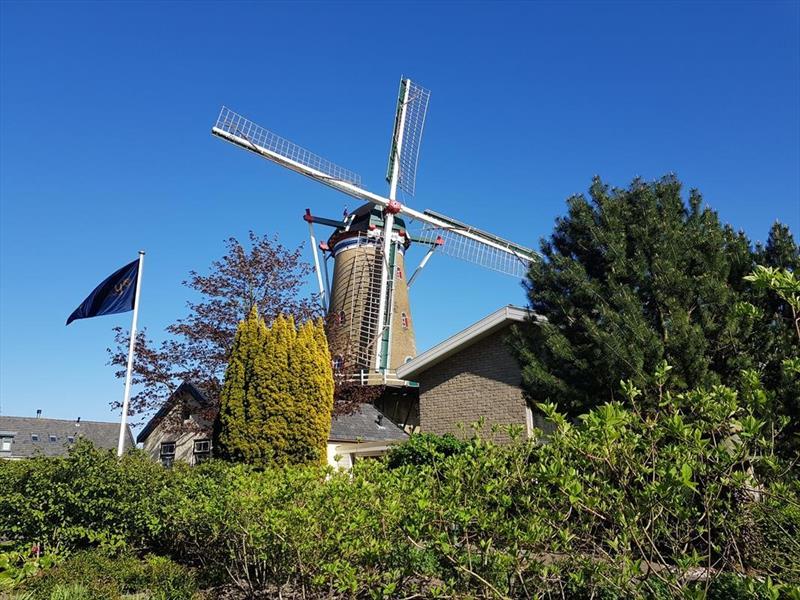 Vakantiehuis te koop Zeeland Bruinisse Groeneweg 1 K61 Molen in de omgeving Park Aquadelta  Terras met uitzicht