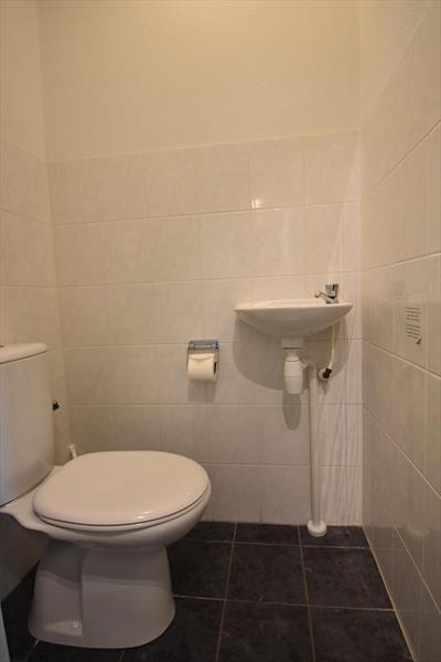 Vakantiehuis te koop Zeeland Bruinisse toilet begane grond