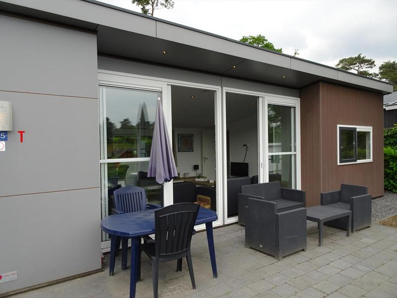 Vakantiehuis te koop Limburg Brunssum Akerstraat 153 K165 Resort Brunssummerheide Terras