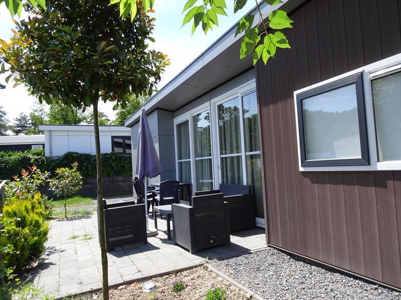 Vakantiehuis te koop Limburg Brunssum Akerstraat 153 K165 Resort Brunssummerheide Tuin en terras