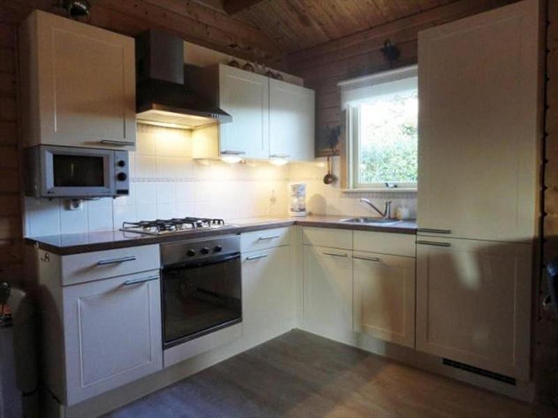 Vakantiehuis te koop Gelderland Zuiderzeestraatweg West 117 K14 Doornspijk Keuken