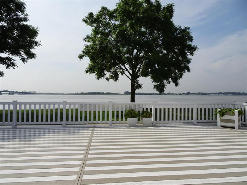Vakantiehuis te koop Zuid Holland Park De Biesbosch Terras met uitzicht