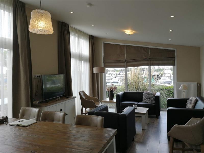 Vakantiehuis te koop in Dordrecht woonkamer
