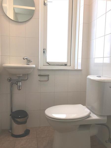 Vakantiehuis te koop Z.Holland Hellevoetsluis Nieuwe Zeedijk 1 K43 Park Cape Helius Toilet boven