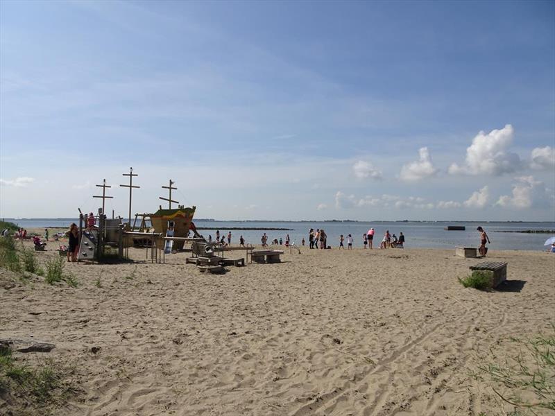 Vakantiehuis te koop Z.Holland Hellevoetsluis Nieuwe Zeedijk 1 K43 Park Cape Helius