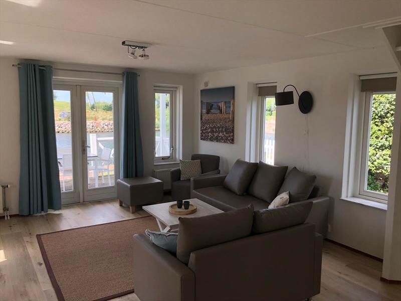 Vakantiehuis te koop Z.Holland Hellevoetsluis Nieuwe Zeedijk 1 K43 Park Cape Helius Woonkamer