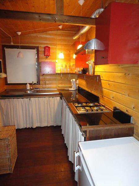 Vakantiehuis te koop Gelderland Heumen Vosseneindseweg 46 K233 Park Heumense Bos Keuken