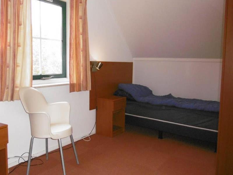 Vakantiehuis te koop Drenthe Hooghalen H.v. Halenweg 2 K57 Park Het Grote Zand Slaapkamer verdieping