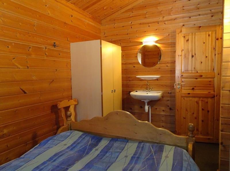 Vakantiehuis te koop Gelderland Hulshorst Harderwijkerweg 495 K006 Park Hulshorsterhout  Slaapkamer 1