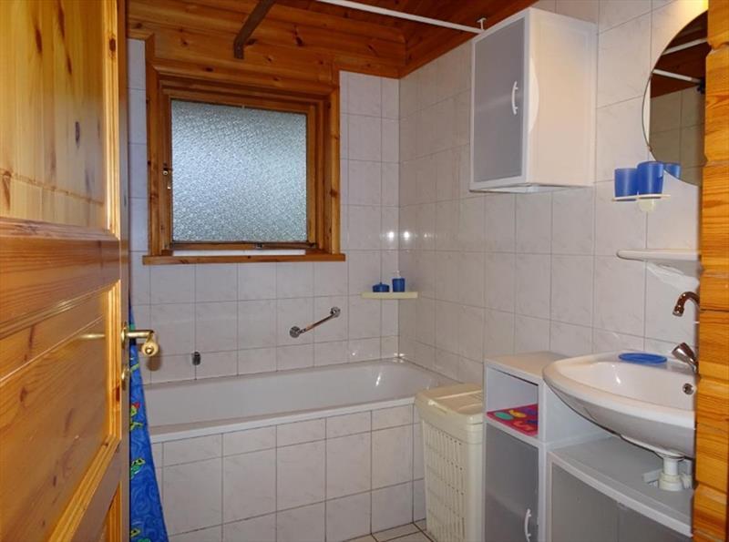 Vakantiehuis te koop Gelderland Hulshorst Harderwijkerweg 495 K006 Park Hulshorsterhout  Badkamer