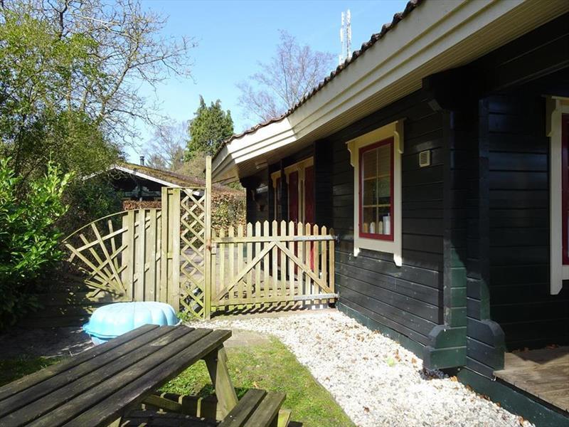 Vakantiehuis te koop Gelderland Hulshorst Harderwijkerweg 495 K006 Park Hulshorsterhout  Tuin