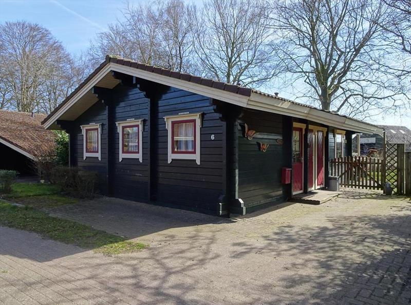 Vakantiehuis te koop Gelderland Hulshorst Harderwijkerweg 495 K006 Park Hulshorsterhout  Parkeerplaats