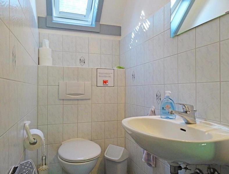 Vakantiehuis te koop Seepark Kirchheim toilet