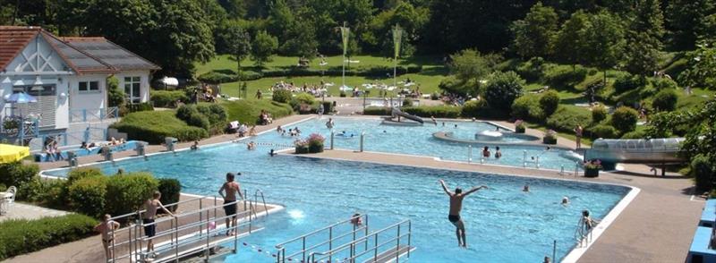 Vakantiehuis te koop Seepark Kirchheim openlucht zwembad