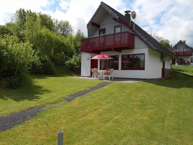 Vakantiehuis te koop Seepark Kirchheim tuin