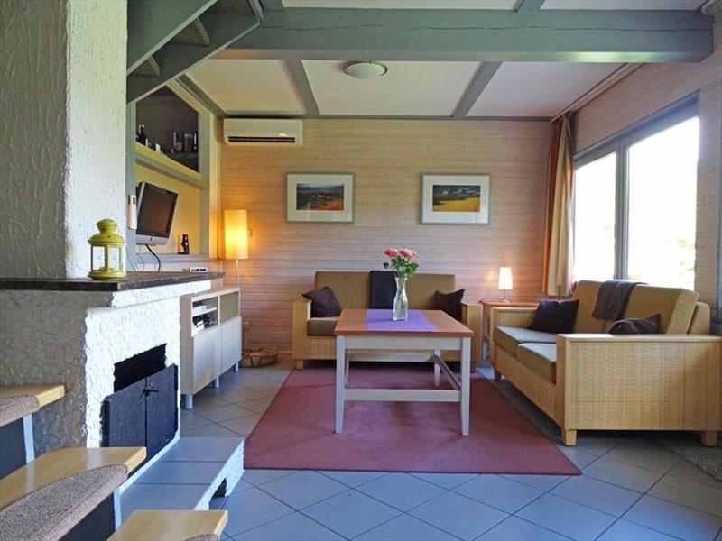 Vakantiehuis te koop Seepark Kirchheim woonkamer