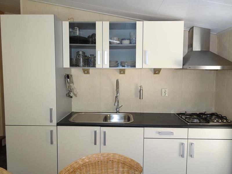 Vakantiehuis te koop Flevoland Kraggenburg Leemringweg 33 K S019 Park De Voorst Keuken