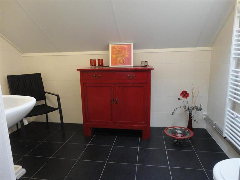 Vakantiehuis te koop Gelderland Lochem Ploegdijk 2 K15 Park Landgoed Ruighenrode Badkamer verdieping