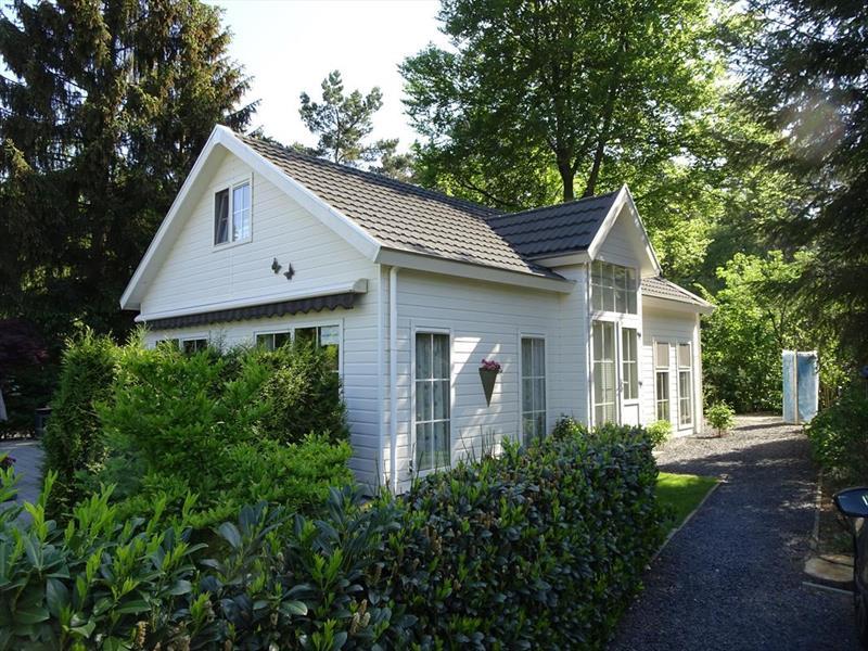 Vakantiehuis te koop Gelderland Lochem Ploegdijk 2 K15 Park Landgoed Ruighenrode Tuin