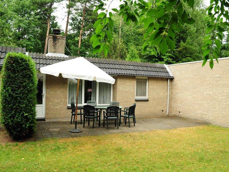 Vakantiehuis te koop Gelderland Lochem Vordenseweg 6 K233 Buitencentrum Ruighenrode Tuin en terras