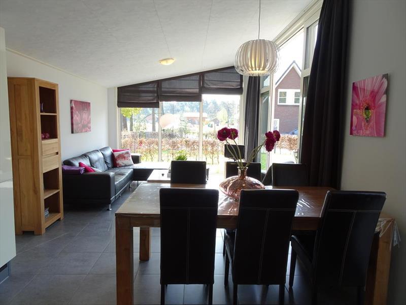 Vakantiehuis te koop Gelderland Lochem Ploegdijk 2 K128  Resort De Achterhoek  Woonkamer