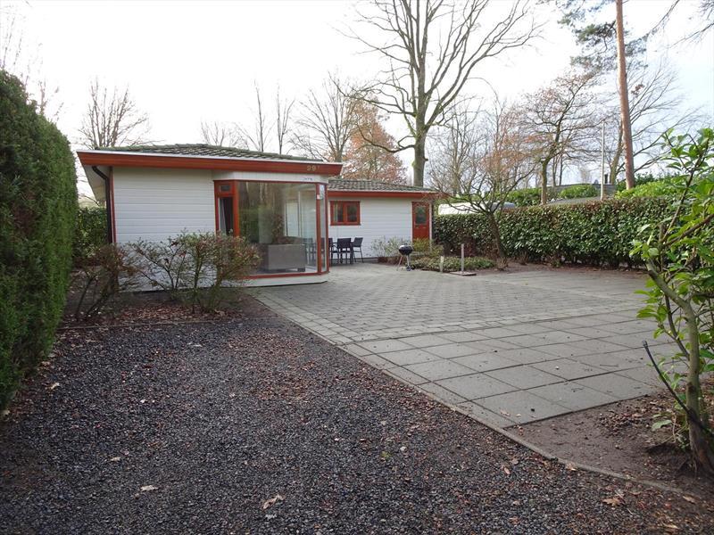 Vakantiehuis te koop Gelderland Lochem Ploegdijk 2 K99a  Resort De Achterhoek Parkeerplaats