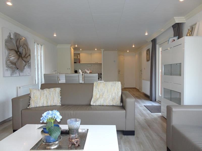 Vakantiehuis te koop Gelderland Lochem Ploegdijk 2 K99a  Resort De Achterhoek Woonkamer