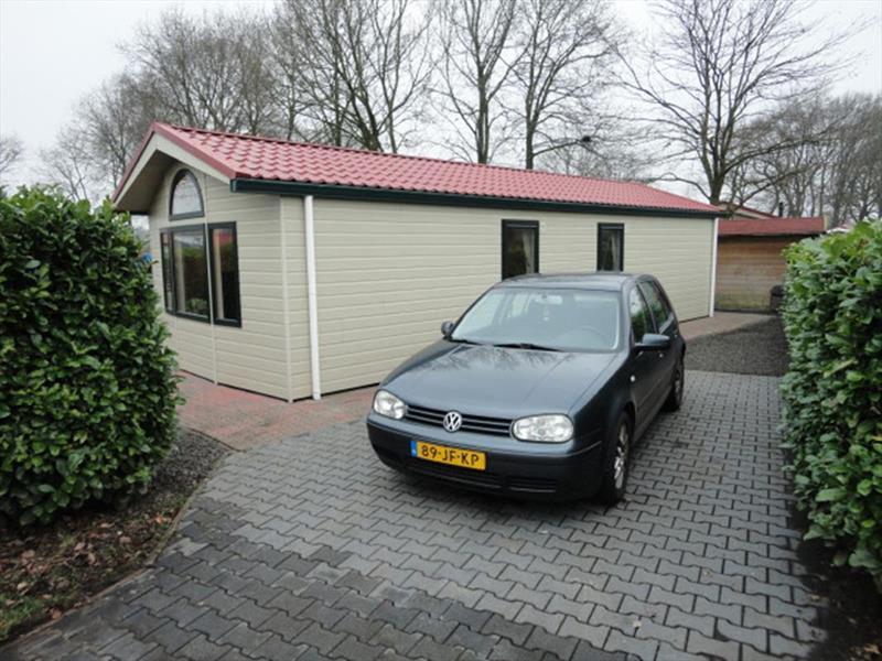 Vakantiehuis te koop Overijssel Luttenberg Heuvelweg 9 K110  Park De Luttenberg  Parkeerplaats